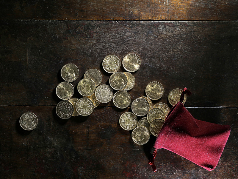 Sac et pièces d'or.